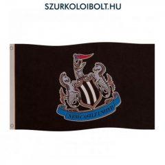 Newcastle  óriás zászló (hivatalos klubtermék)