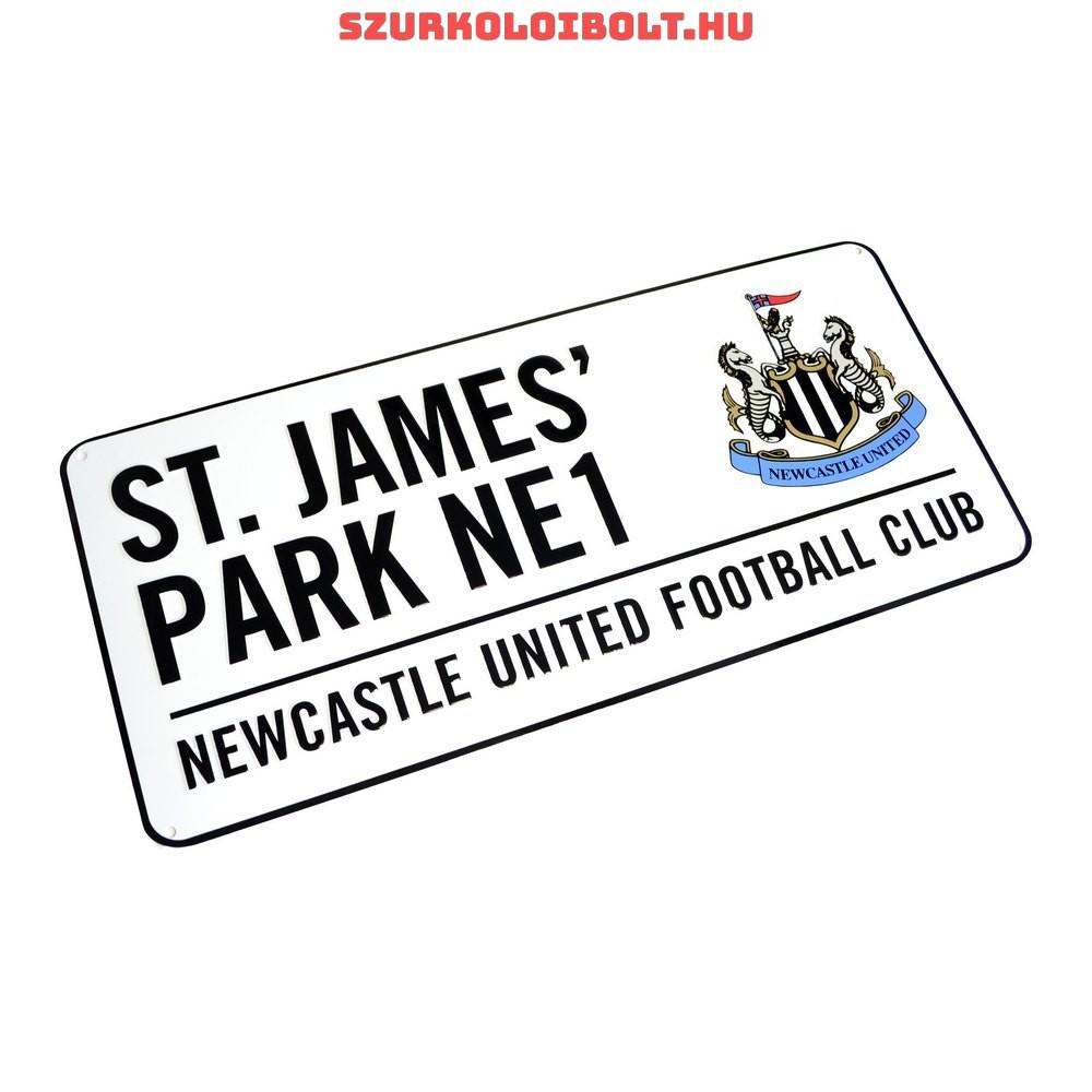 Newcastle United színes utcanévtábla - eredeti 55195f5e2f